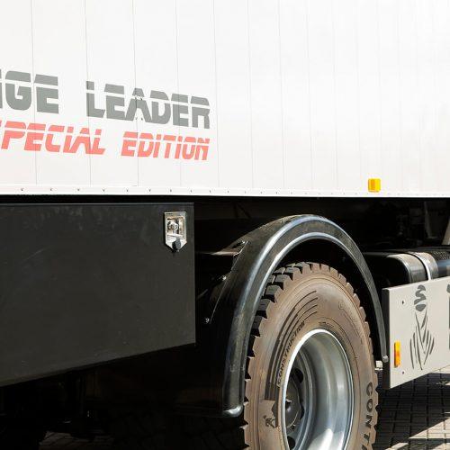 TFD Floortile woven L+ 404 pvc vloer project Ranger Leader Expeditie Trucks (11)