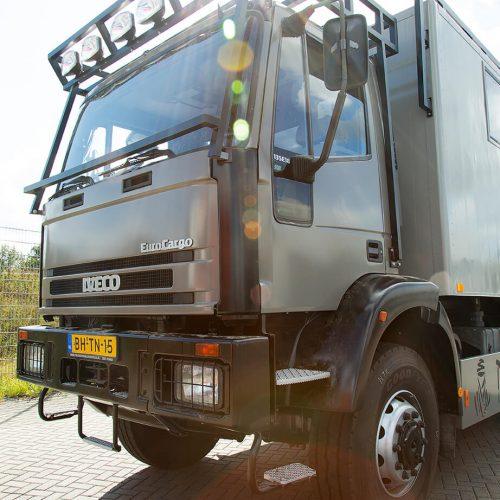 TFD Floortile woven L+ 404 pvc vloer project Ranger Leader Expeditie Trucks (5)