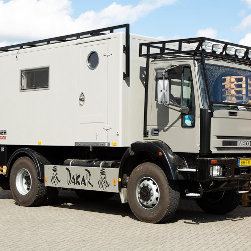 TFD Floortile woven L+ 404 pvc vloer project Ranger Leader Expeditie Trucks (8)